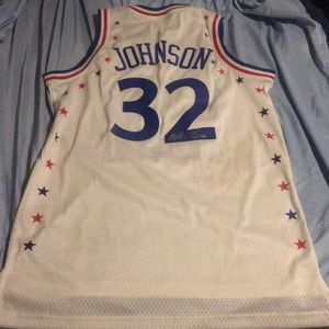 I'm selling a jersey